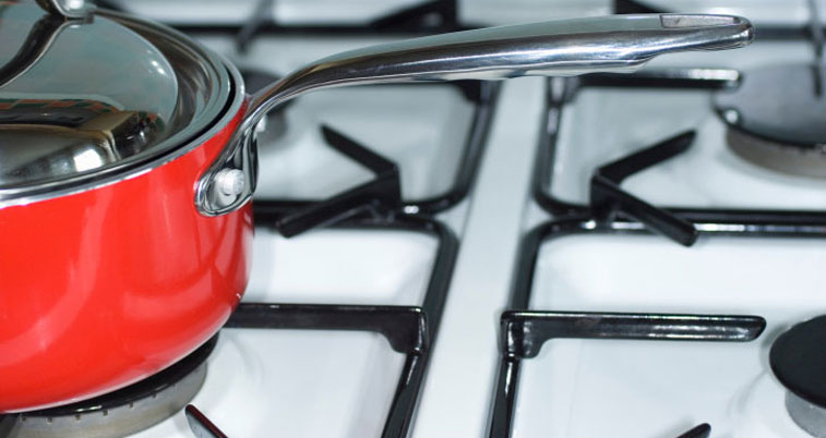 Как почистить плиту от жира и нагара